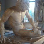 Castrando esculturas